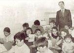Mr. Fisk lecionando em 1958